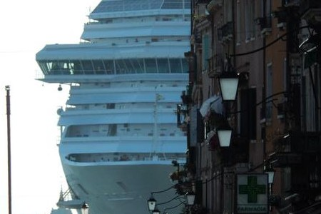 Venise en gros bateau – Venecia en barco grande (2/7)