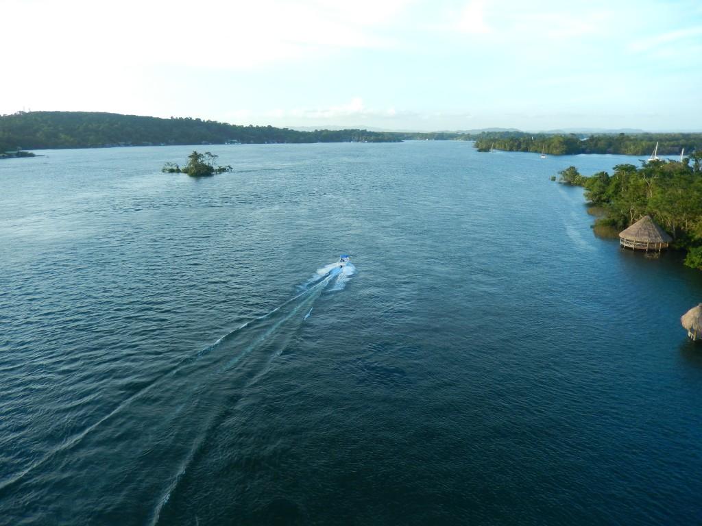 guatemala-atlantico_rio_dulce2