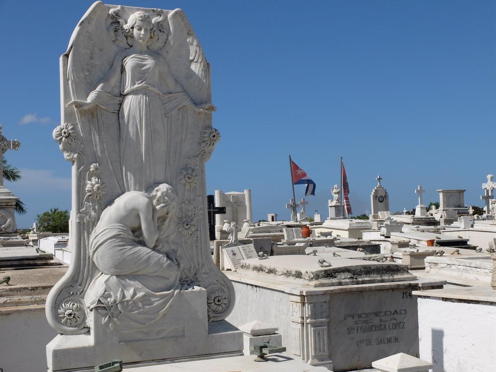 cuba2016santiago-cementerio-santa-ifigenia8