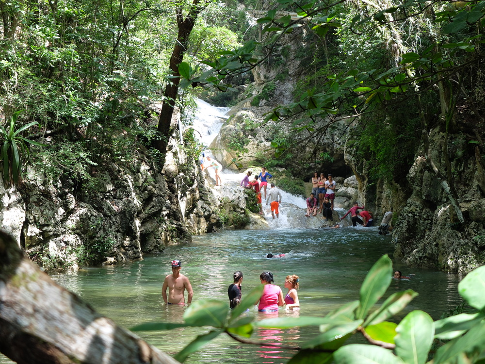 tcuba2016trinidad-parque-el-cubanero22